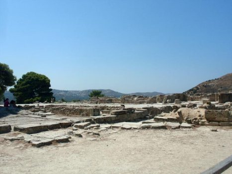 Minoan Crete -- Ayia Triada Minoan Little Palace and town   #Crete Island Adventure   Scoop.it