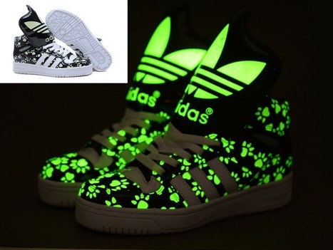 Adidas Big Tongue Glow In The Dark Bears Paw Black Hot Sale Online   Cheap Glow In The Dark Adidas Online   Scoop.it