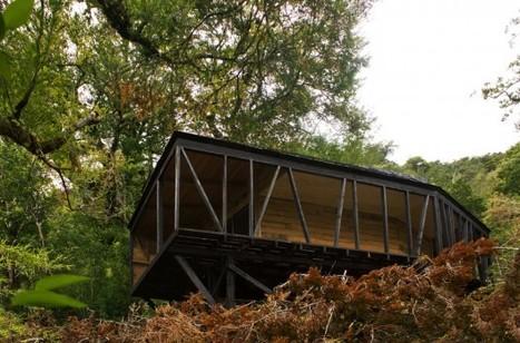 House in The Patagonia Fjords / Armando Montero + Samuel Bravo   Architecture écologique   Scoop.it
