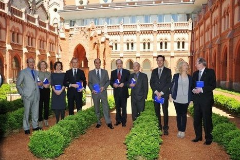 Presentados en la Fundación Comillas tres nuevos títulos de la BCRAE   Real Academia Española   Lenguas extranjeras y competencia lingüística   Scoop.it