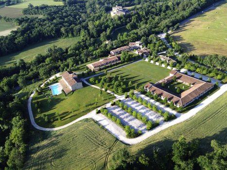 Best Le Marche Accommodations: Hotel Relais Borgo Lanciano, Castelraimondo MC | Le Marche Properties and Accommodation | Scoop.it