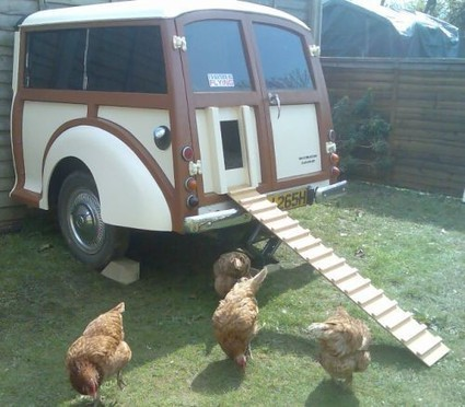 Urban Farming: Creative Chicken Coop Design | BuildDirect Green Blog | Vertical Farm - Food Factory | Scoop.it