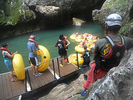 Diary of a Suitcase: Cave Tubing in Belize | Belize in Social Media | Scoop.it