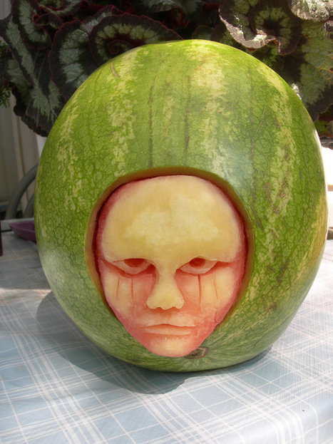 Delicious watermelon carvings by Clive Cooper   Strange days indeed...   Scoop.it
