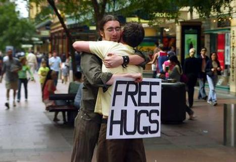 "Australia: ""Free hugs"", how it all started... 