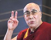 Il Dalai Lama: «In democrazia conta il popolo»  E  ride per le dimissioni di Berlusconi | JIMIPARADISE! | Scoop.it