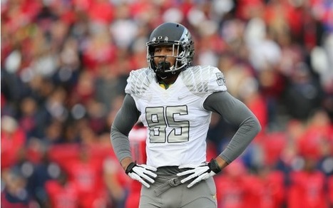Report: Oregon tight end Pharaoh Brown suspended for role in snowball fight - SI.com | LOL Funny Videos Pictures | Scoop.it