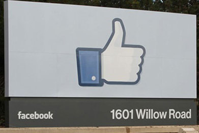 'Facebook is dead' among young people | PR & public relations news | PRWeek | insight into the future | Scoop.it