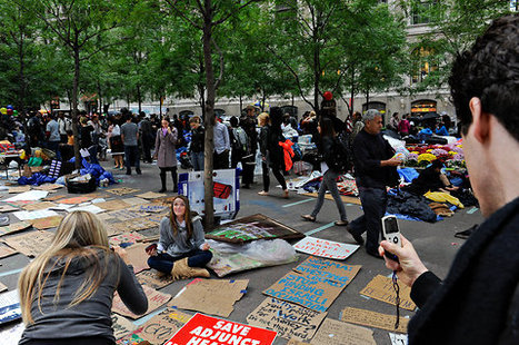 For Some, Zuccotti Park Becomes a Must-See Attraction | #ows | Scoop.it