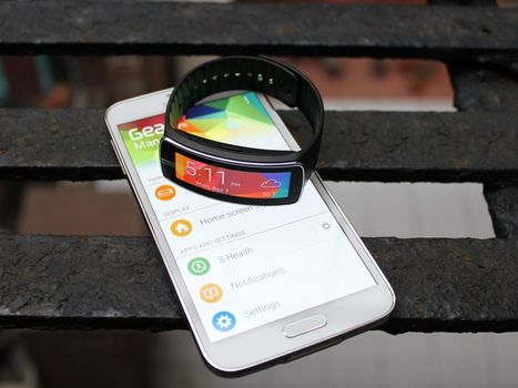 Samsung Gear Fit Review: The SmartWatch Fitness Tracker | embedded linux | Scoop.it