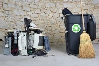 iFixit y Microsoft trabajan juntos en el reciclaje de dispositivos moviles | Iniciativas Verdes | Scoop.it