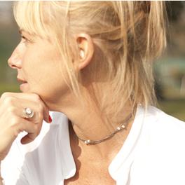 Nath et sa bague tourbillon | Créateurs de bijoux : blog sur la création de bijoux | Scoop.it