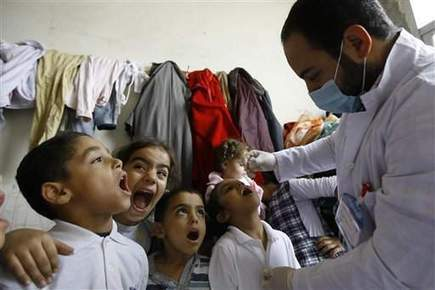 Syrian civil war prompts polio vaccination effort - Fond du Lac Reporter | Vaxfax Monitor | Scoop.it
