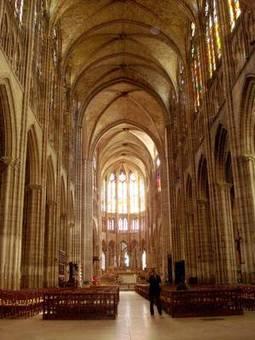 HISTOIRE D'UN ENSEMBLE PATRIMONIAL : BASILIQUE ET ANCIENNE ABBAYE ROYALE - Détails   Saint-Denis remonte sa flèche   Scoop.it