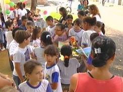 Projeto Leitura no Parque é realizado em Resende, no sul do Rio de Janeiro - Globo.com | Incentivo à Leitura em Bibliotecas Escolares | Scoop.it