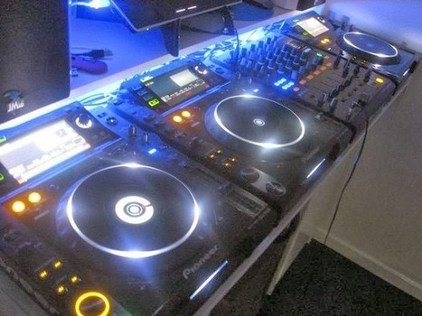 Wedding Photographers and Videographers: Wedding DJ Within Your Budget | bookmarking | Scoop.it