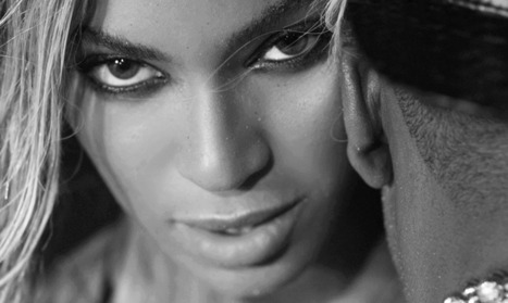 """Beyonce Drunk In Love """"I want you ah ha, can't keep your eyes of my Phatty daddy I want you ah"""" 