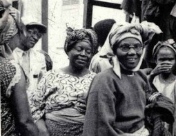 Women who led Rebellions:  Funmilayo Anikulapo-Kuti b.1900 | They put Afrika on the map | Scoop.it