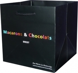 Un petit sac publicitaire luxe pour Macarons et chocolats à Brest   Sac luxe publicitaire   Scoop.it