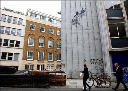 Banksy Graffiti pictures, stencil graffiti images by Banksy | Banksy - Street Artist | Scoop.it