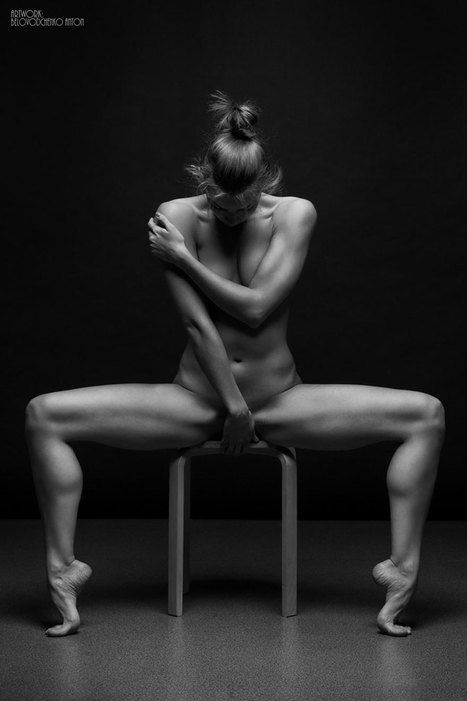 Russian Photographer Captures The Beauty Of Women's Bodies With B&W 'Bodyscapes' | Beautiful Things | Scoop.it