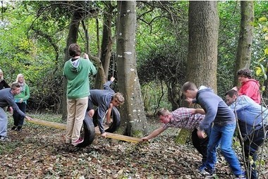 Team-building activities delivered at Tregye by outdoor educators   Team-building   Scoop.it