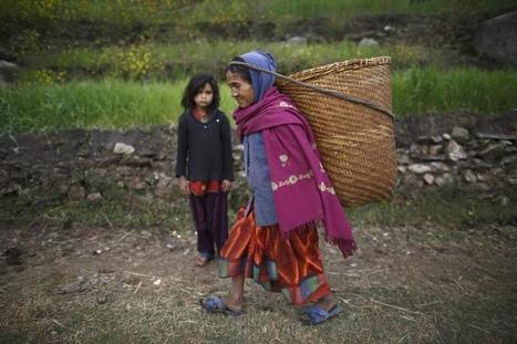 Nepalese housemaids start reaching UAE after ban lift | Zawya | gender issues - human rights | Scoop.it