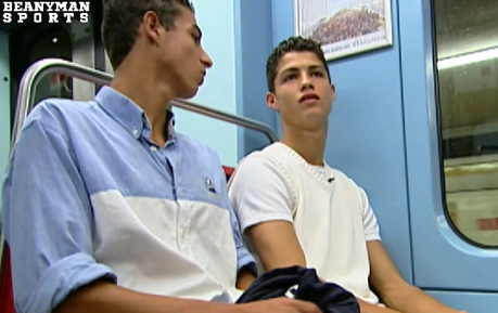 Rare Footage Of A 16 Year Old Cristiano Ronaldo When He Was At Sporting Lisbon | The Football Vault | Scoop.it