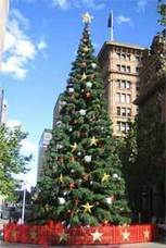 Christmas season celebrations in Australia | australia.gov.au | Continuing and changing roles, traditions, practices and customs in the local community | Scoop.it