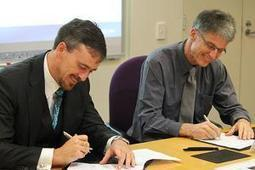 Agreement forges stronger links with European research leader   UTS News Room   Joint programmes   Scoop.it