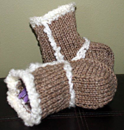 Baby Booties - Ugg Boots Knitting Pattern | Baby uggs | Scoop.it