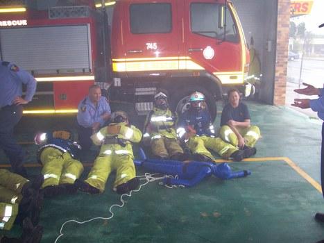 Crew training breathing apparatus QFRS | Quest Two | Scoop.it