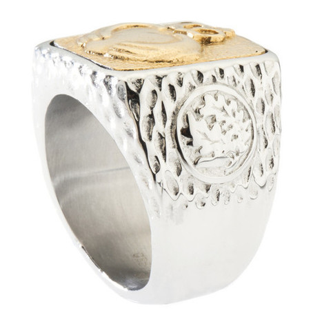 Unique Claddagh Signet Ring. Platinum Style Surgical Stainless Steel with 18kt Gold Plating.   Jewelry Trends   Scoop.it