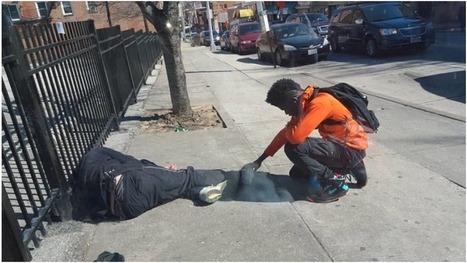 Policía Ve a Este Adolescente Tocar a un Hombre de la calle. Pero al acercarse, descubre algo Increíble… - Renuevo De Plenitud   LA REVISTA CRISTIANA  DE GIANCARLO RUFFA   Scoop.it