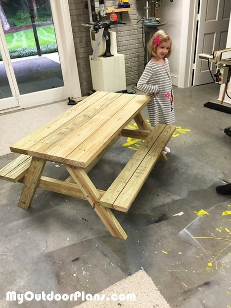 DIY Children Picnic Table | MyOutdoorPlans | Free Woodworking Plans and Projects, DIY Shed, Wooden Playhouse, Pergola, Bbq | Garden Plans | Scoop.it