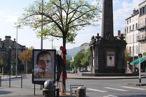 à voir etc...: Yarnbombing à Clermont-Ferrand | Yarnbombing France | Scoop.it