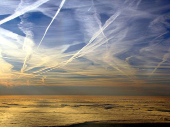 'Five pieces of evidence suggesting that California drought may be a #HAARP -manufactured event [govt continues #Chemtrails pollution]'   News You Can Use - NO PINKSLIME   Scoop.it