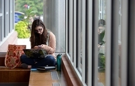 Frequent Cell Phone Use Linked to Anxiety, Lower Grades and Reduced Happiness in Students | Unplug | Scoop.it