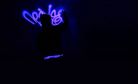 Black Light Fluorescent Graffiti by Apex | Eye on concepts | Scoop.it