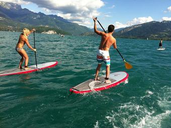 Une tournée des lacs alpins en stand-up paddle ! | ActuMontagne | Sport Business | Scoop.it