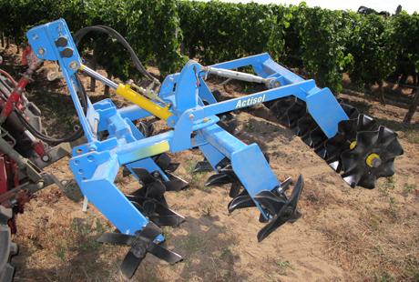 Travail du sol : l'outil à bêches roulantes Helixol   Machinisme viticole   Scoop.it