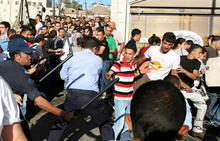 Palestinians reclaim streets despite PA police repression | HumanRight | Scoop.it