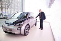 La voiture devient un nouveau device | Parkings à Paris | Scoop.it