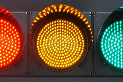 LED Traffic Lights: What Are the Benefits to Municipalities and Drivers? : Living Green Magazine | LED Source | Scoop.it