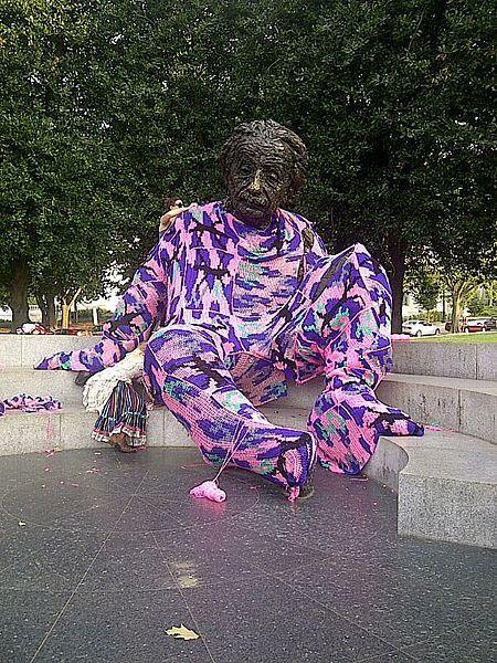 Yarn Bombing | Creative Kids | Street art news | Scoop.it