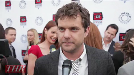'Fringe': Josh Jackson on Season 4 Endgame and the 'Full-On' Twitter World (Video) | Fringe Chronik | Scoop.it