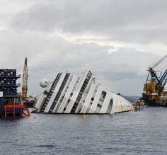 Il Giglio, un fondale che non respira più: la rimozione della Concordia e quel mare da curare | PaginaUno - Società | Scoop.it
