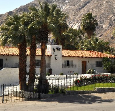 Reno Fontana Vs. Elvis Presley Palm Springs Home | Elvis Presley Home in Palm Springs | Scoop.it