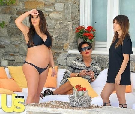 Photos : Kim Kardashian's Pregnant Bikini Body, Kourtney/ Rest of Fam Vacation in Greece | Radio Planète-Eléa | Scoop.it