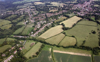 Are 10,000 lost warriors from Battle of Hastings buried in this field? | Histoire et archéologie des Celtes, Germains et peuples du Nord | Scoop.it